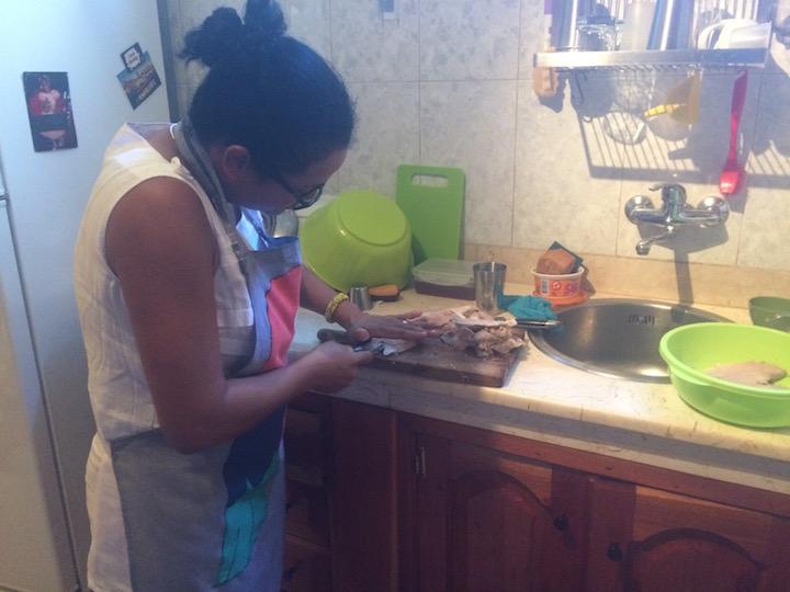 Meileidy cuts pork