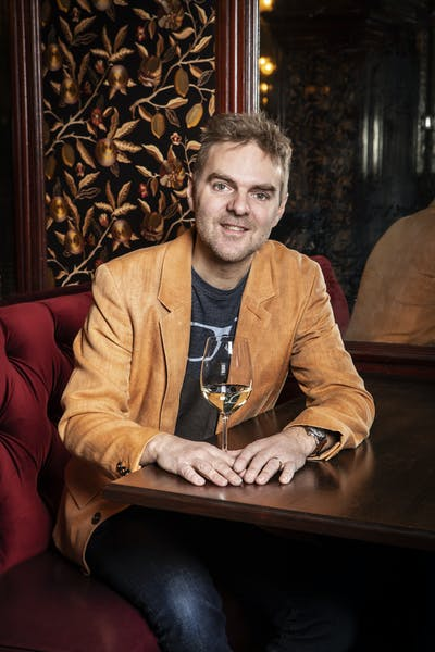 17308Etienne_Guerin_wine_director